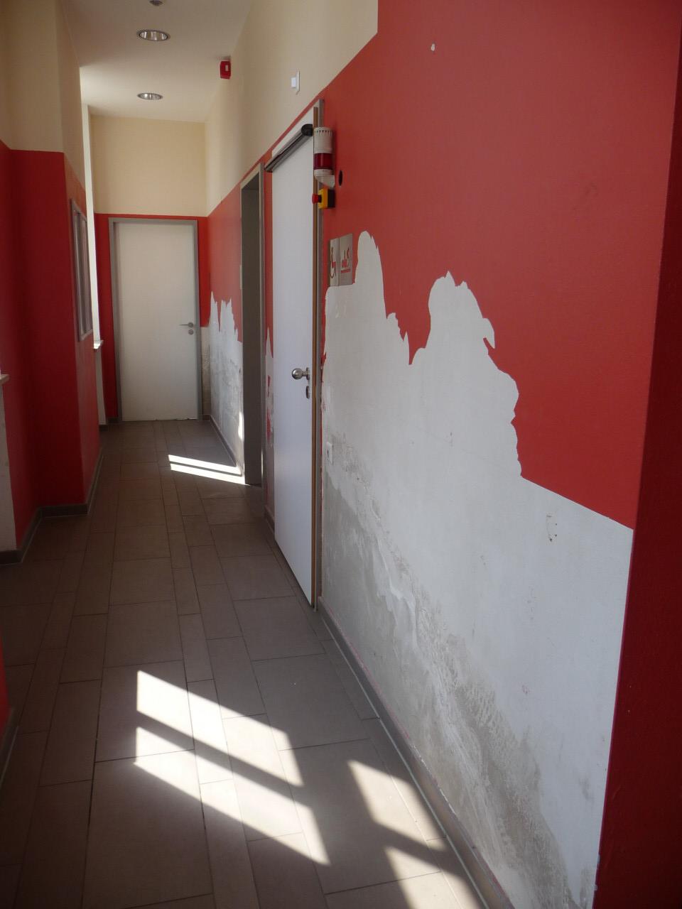 wasserschaden im bahnhof murnau b rgerbahnhof oberland gmbh co kg. Black Bedroom Furniture Sets. Home Design Ideas